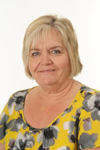 Gill Bates - Associate Teacher