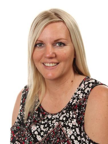 Hilary Pitzey - Associate Teacher