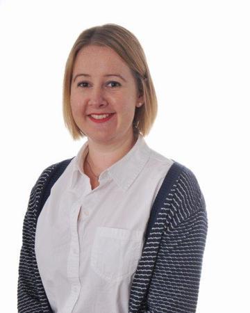 Miss Ackroyd (6CA & Geography)