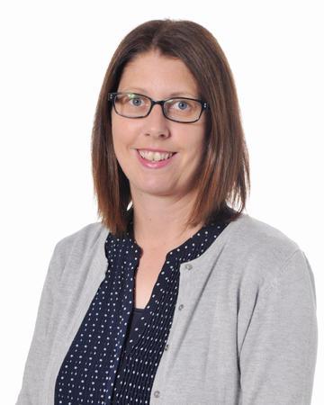 Mrs Hunt (Administrative Communications Assistant)