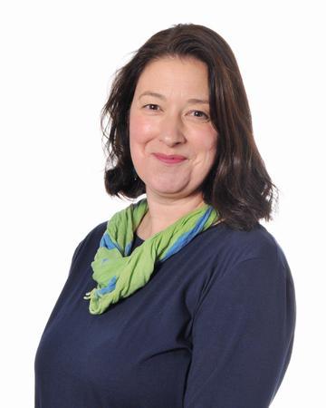 Mrs Riddleston (Head of Year 5, 5JR & Values)