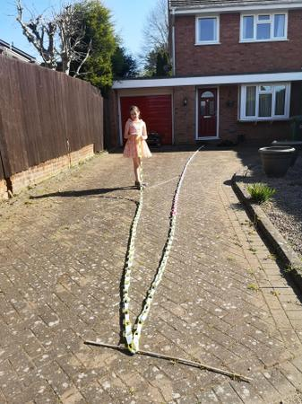 Isobel's paper chain world record attempt