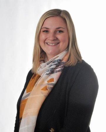 Miss Dutton (Student Teacher 5RM)