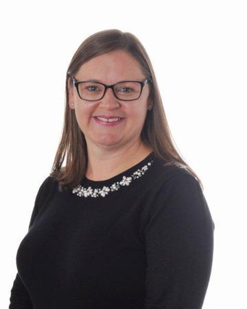 Mrs Ginns (Office & Attendance Administrator)