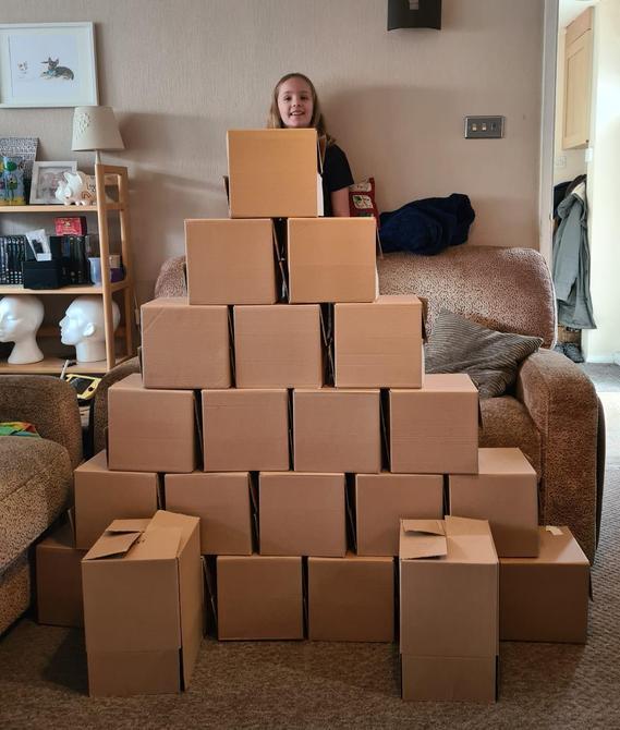 Box Pyramids by Iris