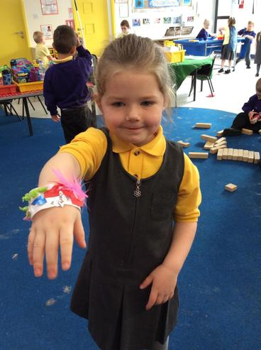 Wow! What a lovely, colourful bracelet!