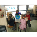 Snack time in Rec F