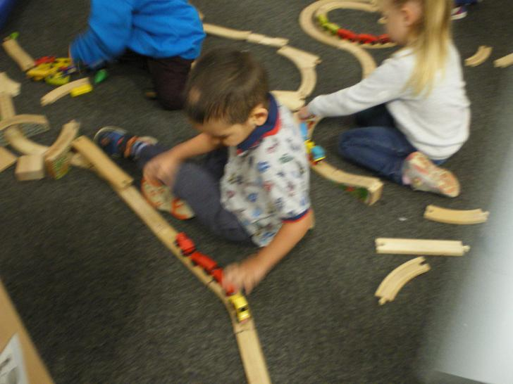 Yasine builds his own train track