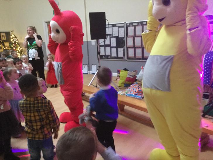 Head,shoulders,knees and toes with the teletubbies