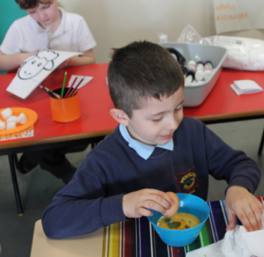 parents invited to Easter activities Y1
