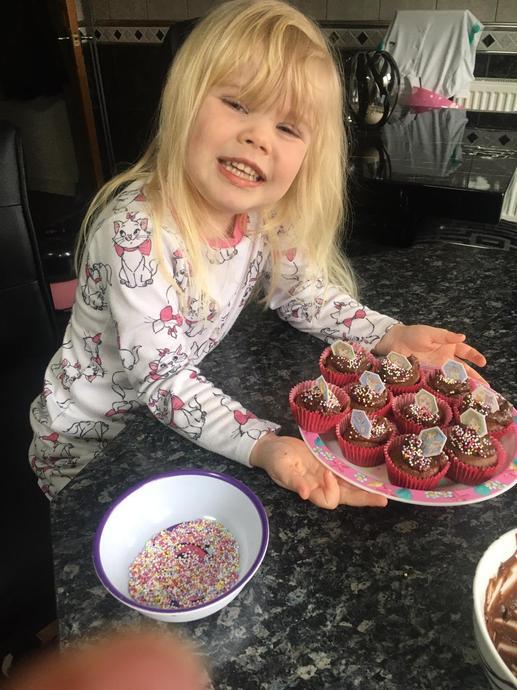 Jamie-Leigh delicious cakes