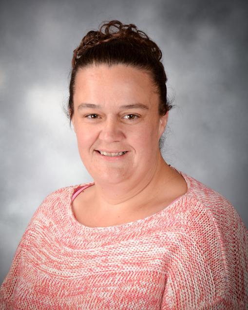 Mrs Vickie Ayres - Committee Member
