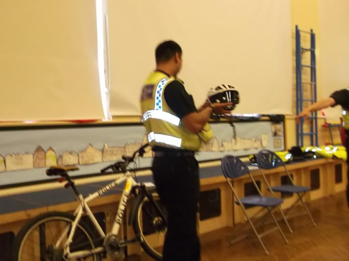 Community Police Visit Westroyd
