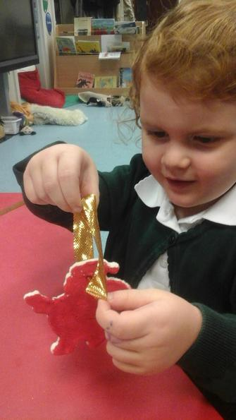 We used salt dough to make a Christamas Decoration