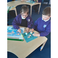 Exploring the layers of the Earth through dissecting an egg