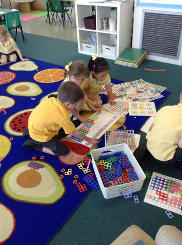 Counting and exploring with maths resources