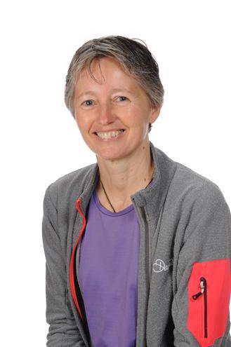 Mrs Julie Dinkele, HLTA