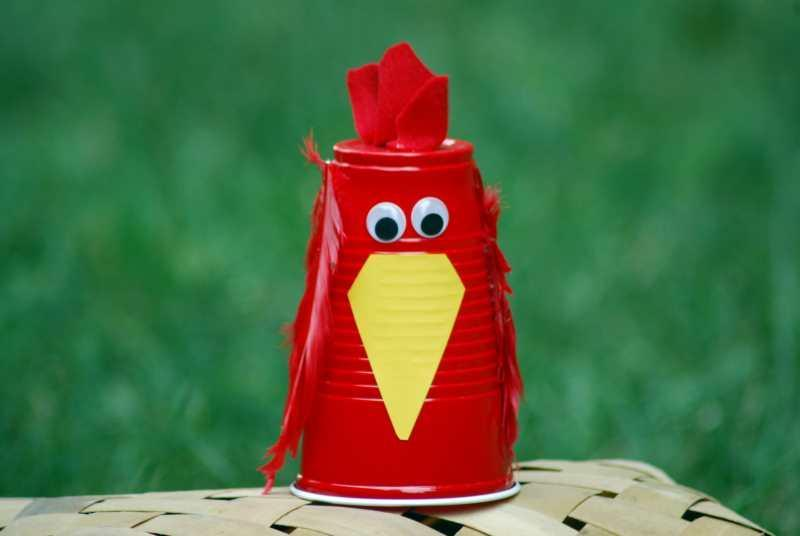 Little Red Hen plastic cup