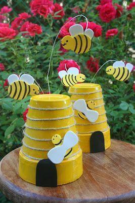 Flower pot beehive