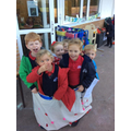 How many children fit in the bloomers?