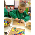 Creating 2-D shape pictures