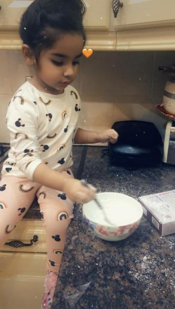 Eshal has been busy baking at home! How fun 🤩