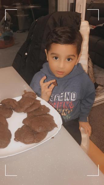 Moez has enjoyed Feel Good Friday by making some lovely cookies with his mum