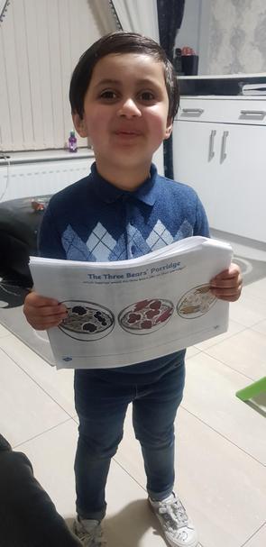 Doesn't Abdullah-Hadi look smart doing his learning?