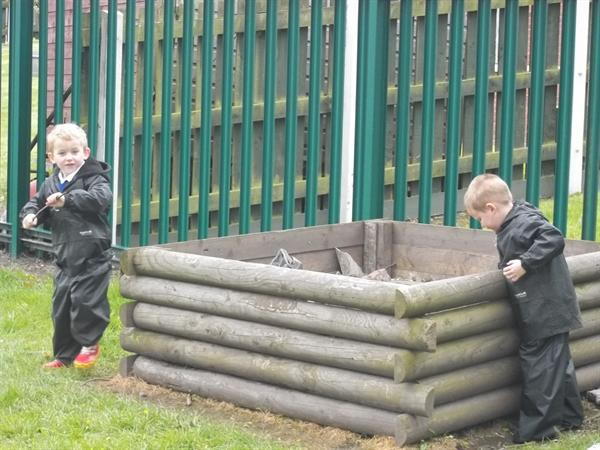 Forest School 1st May 2012