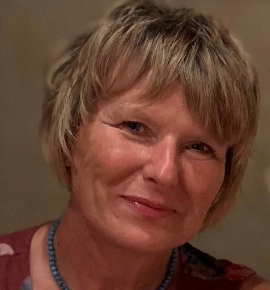 Mrs Julie Bell, LA Governor