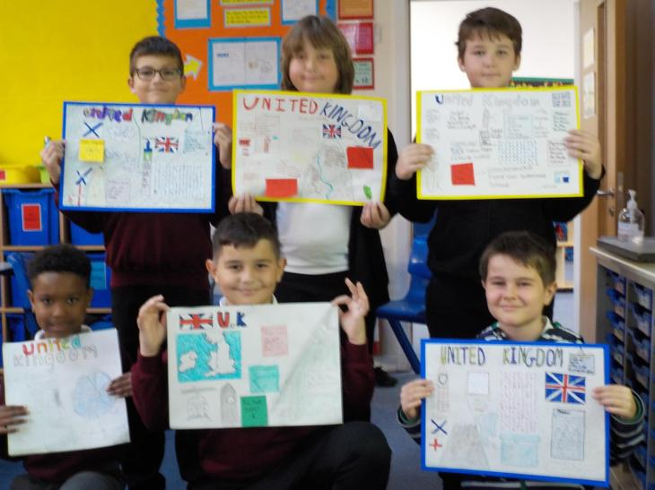 We presented our knowledge of the United Kingdom as fact posters.