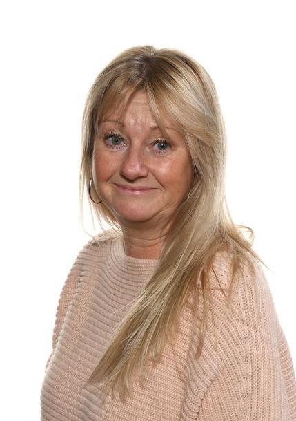 Mrs Hill: Lunchtime Supervisor & Housekeeper