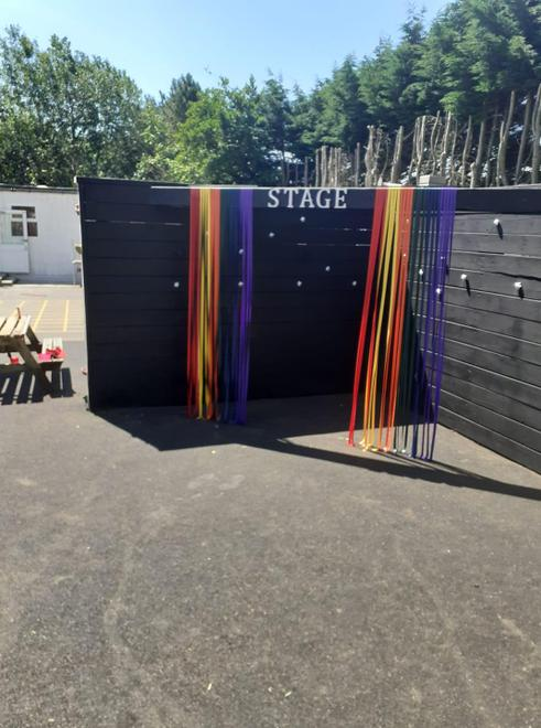 The new stage
