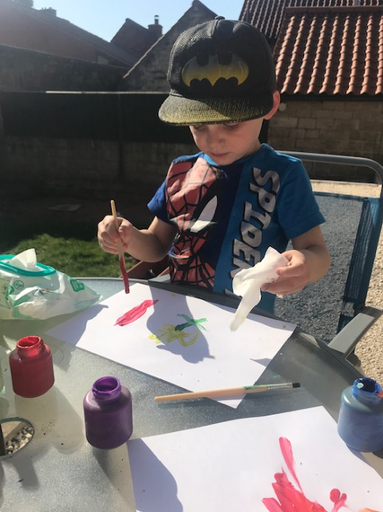 Being an artist in the sunshine