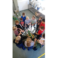 Apple pressing teamwork