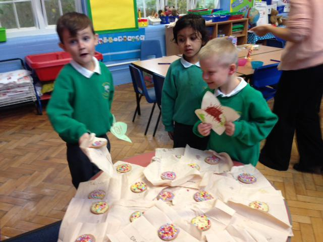 Decorating biscuits