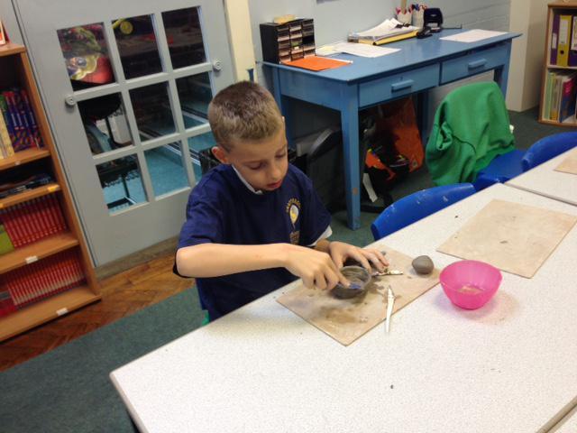 Carefully crafting a diva lamp