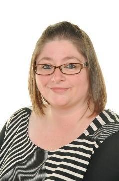Kim Jones, Teaching Assistant