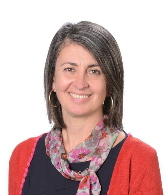 Mrs R Evans - Year 5/6 Teacher (Maple)
