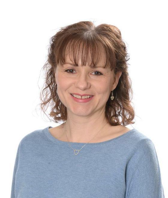 Mrs R Mitchell - Year 1 Teacher (Ash)