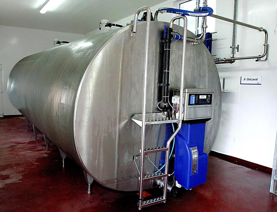 5. The milk travels to this tank and is stored.