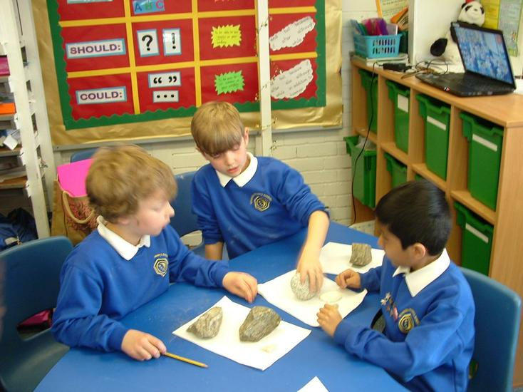 Which rock is a sedimentary rock?