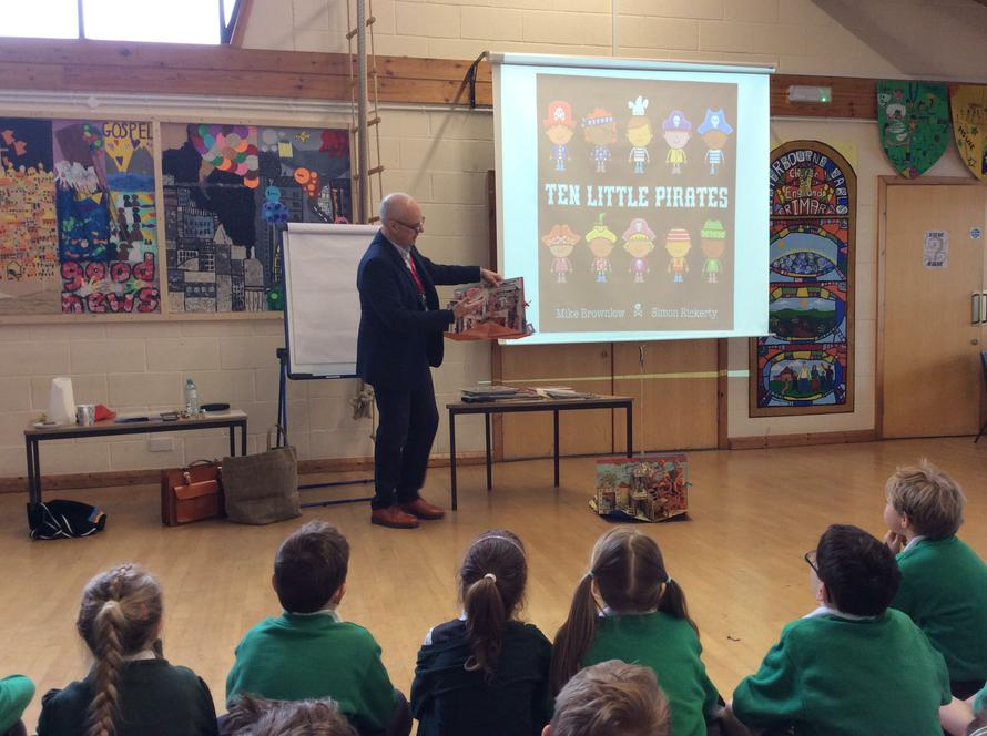 Mike Brownlow introducing his books to Y3 and Y4