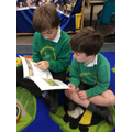 Reading with our Y6 buddies