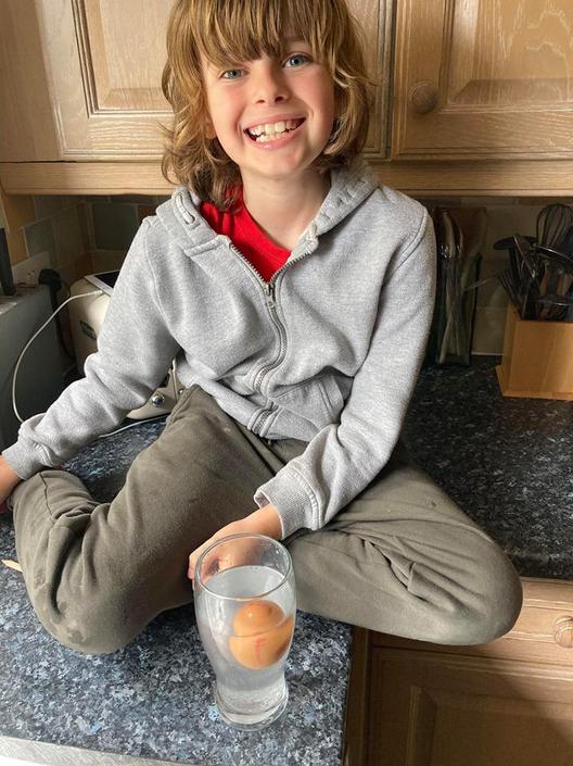 George's floating Egg!