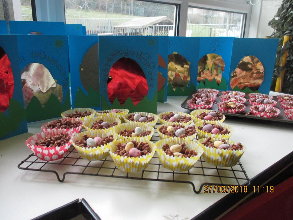 Easter nests and cards