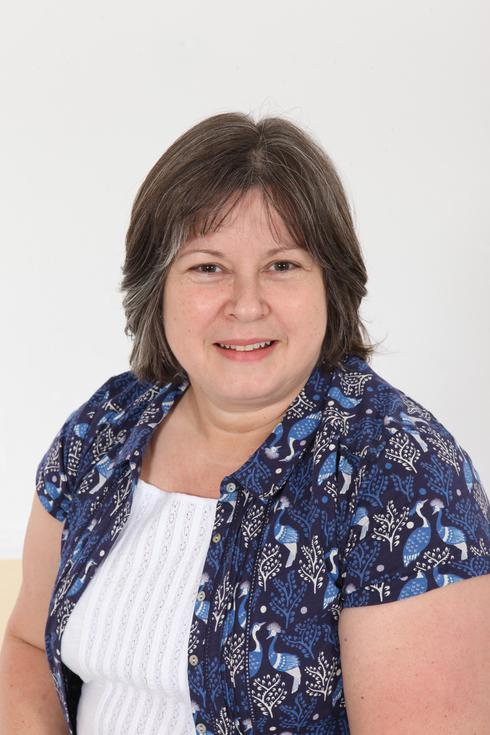 Rachel Bacon, Admin Support
