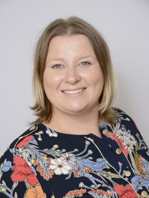 Mrs Melanie Gordon - Teacher