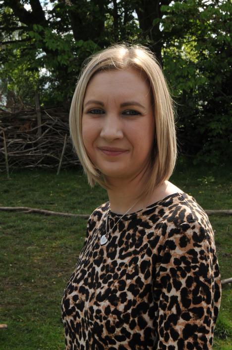 Rebecca Dean - Teaching Assistant
