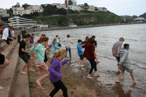 Quickly into the sea (and quickly out)